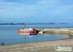 美丽的哈仙岛,晴空下的海边景色