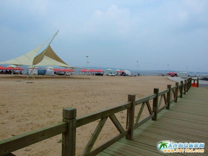 大连长兴岛旅游景点图片-海边木栈道1