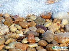 海王九岛图片-鹅卵石的海滩