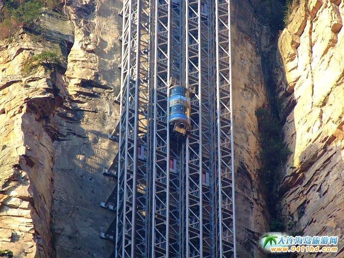 张家界旅游景点-百龙天梯3