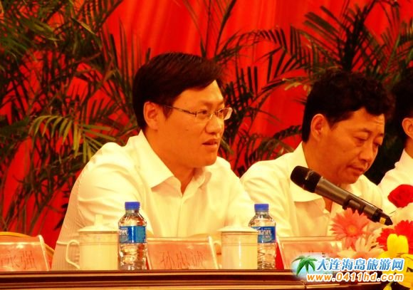 大连市宣传部副部长吴作江