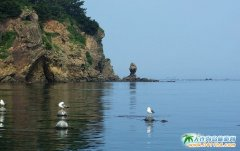 大连塞里岛风景图片-人石