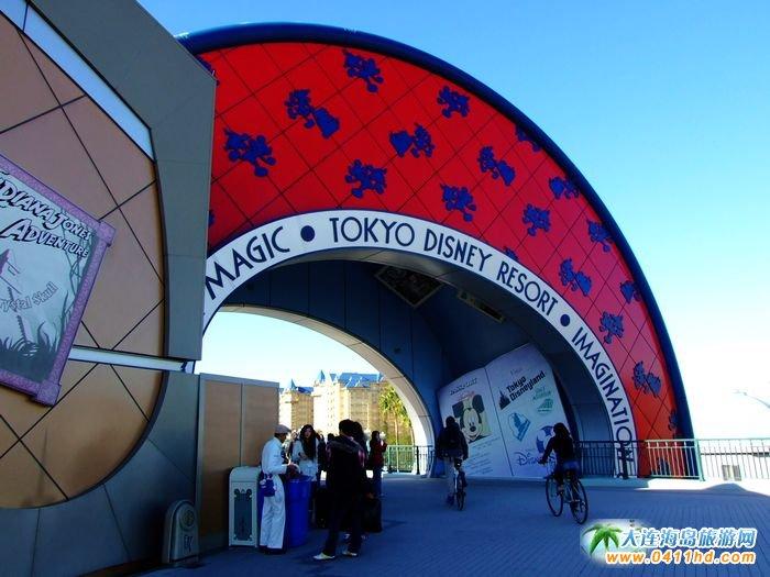 日本东京迪斯尼乐园图片-公园入门口图片1