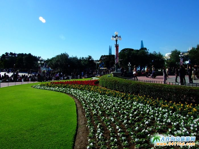 日本旅游图片―绿意萦绕的迪士尼乐园1