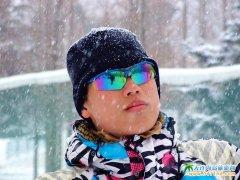 大连旅游图片之瑞雪中的大连劳动公园滑雪场