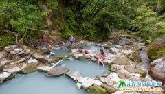 台湾颇有名气的户外天然温泉,八烟野溪温泉台湾十大温泉之一