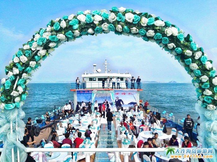 塞里瑞和方舟的海上婚礼