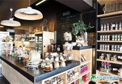 迪拜别墅里的咖啡厅丨迪拜最老牌的小资咖啡馆
