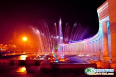【大连夜景一日游】 游览:跨海大桥东港喷泉威尼斯水城等